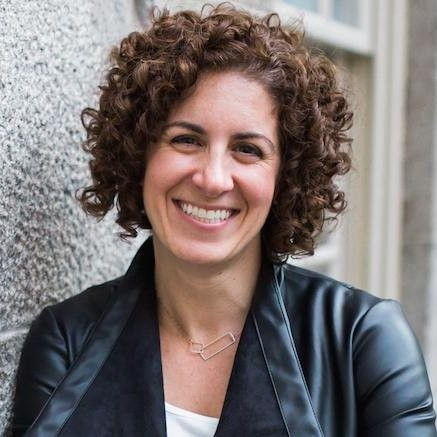 Selling in Uncertain Times with Leah Neaderthal